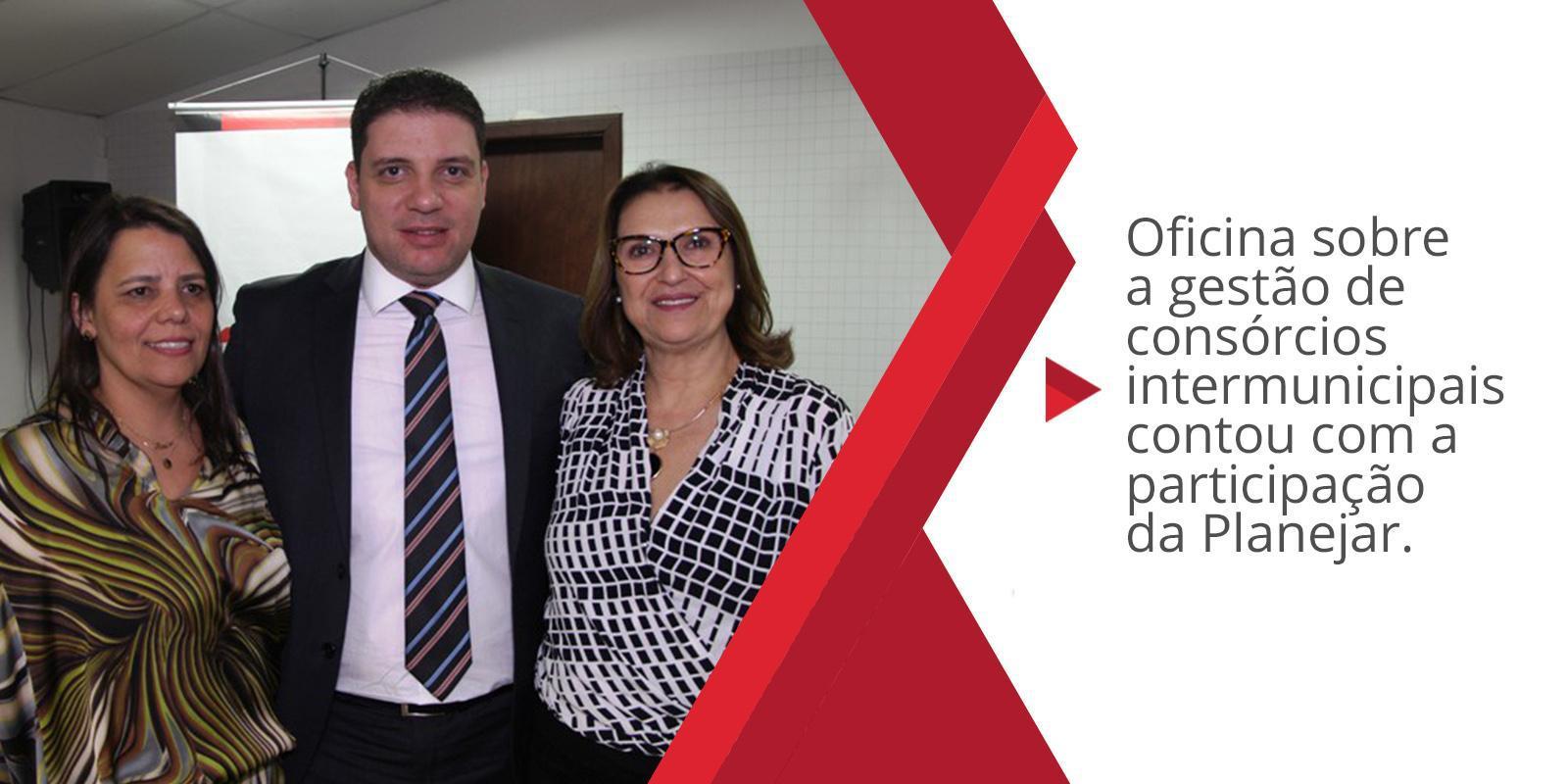 Márcia Mendes representa a Planejar na oficina sobre a gestão de consórcios intermunicipais